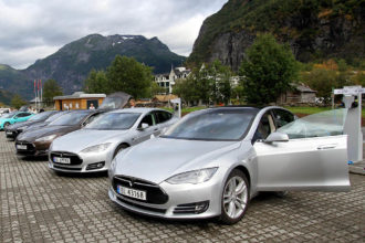 beneficial reasons driving used tesla car